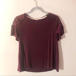Burgundy ShortSleeve Top Lace Shoulders Soft Small